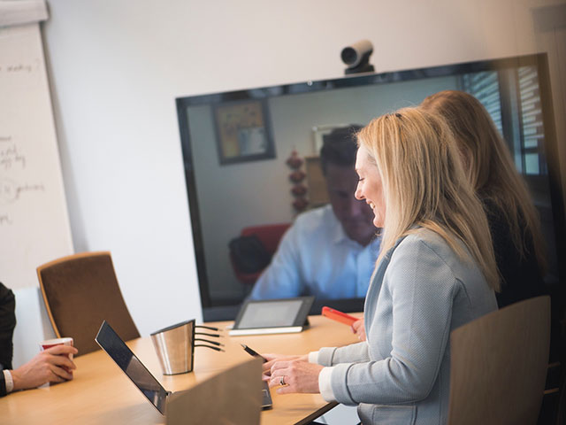 How to break you email habits with video conferencing